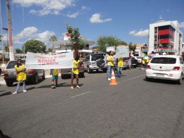 Blitz para conscientização no trânsito de Floriano(Imagem:Florianonews)