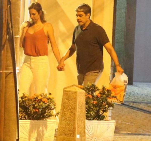 Jornalista só fez primeira aparição em público com Natasha Dantas após a ex assumir namoro.(Imagem:Divulgação)
