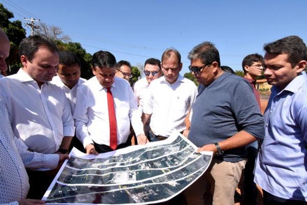Governador visita as obras da BR-343.(Imagem:Francisco Leal)