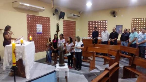 Comunidade participa da abertura dos festejos de São Pio de Pietrelcina em Floriano (Imagem:FlorianoNews)