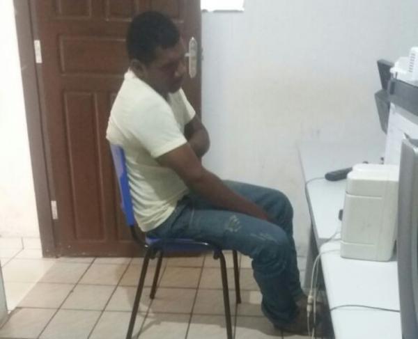 PRF prende homem com mandado de prisão em aberto em Bom Jesus.(Imagem:Divulgação/PRF)