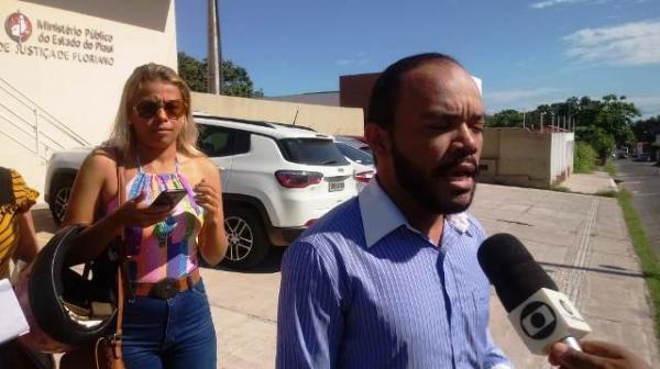 Candidatos do concurso de Floriano vão ao Ministério Público e cobram anulação de provas.(Imagem:FlorianoNews)