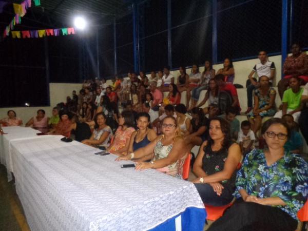 Unidade Escolar Fauzer Bucar realiza festival junino.(Imagem:FlroianoNews)
