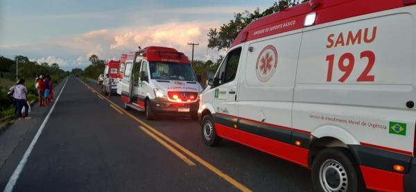 Acidente deixou cinco pessoas feridas na PI-140, em Floriano(Imagem:Divulgação/PM)