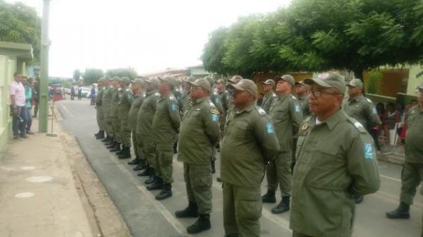 Secretário de segurança participa de formatura geral em Floriano.(Imagem:FlorianoNews)