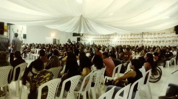 Rejane Dias e Janaínna Marques lançam candidatura em Floriano (Imagem:FlorianoNews)