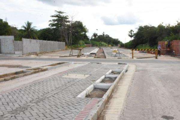 Prefeitura de Floriano efetiva indenizações a beneficiários da Avenida Fauzer Bucar.(Imagem:SECOM)