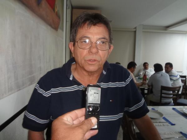 Sec. dos Transportes fala sobre percurso de obras e ruas que não serão asfaltadas em Floriano.(Imagem:FlorianoNews)