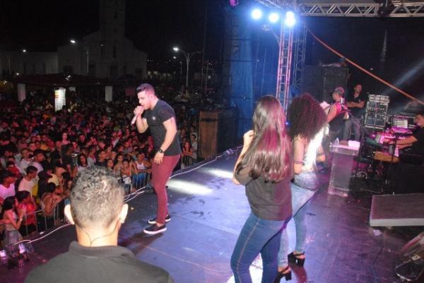Multidão prestigia o Zé Pereira de Barão de Grajaú.(Imagem:Ascom)