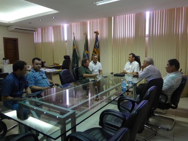 Reunião discute início das obras do Parque Beira-Rio.(Imagem:FlorianoNews)