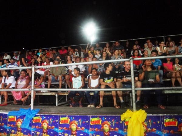 Multidão lota Parque de Exposições no encerramento da I Cidade Junina.(Imagem:FlorianoNews)