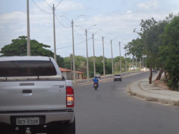 Autoridades acompanham finalização da obra na Avenida Beira Rio.(Imagem:FlorianoNews)