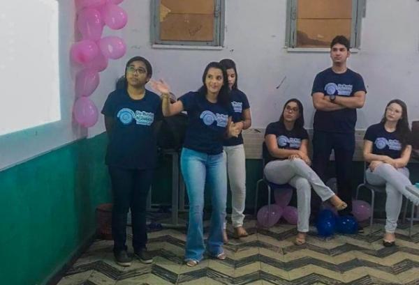 Acadêmicos da FAESF ministram palestra para alunos do PROJOVEM de Floriano.(Imagem:FAESF)