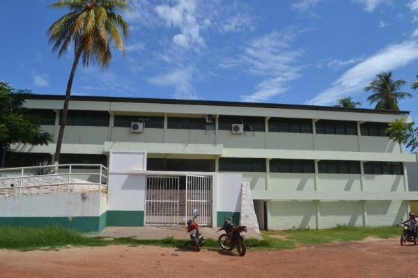 A unidade escolar Desembargador Vidal de Freitas, em Picos, foi arrombada 3 vezes em 15 dias.(Imagem:Daniela Meneses / Grande Picos)