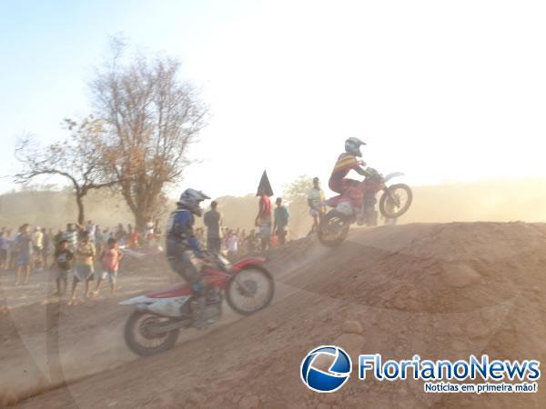 Realizada segunda edição do Motocross Arena Show em Floriano.(Imagem:FlorianoNews)