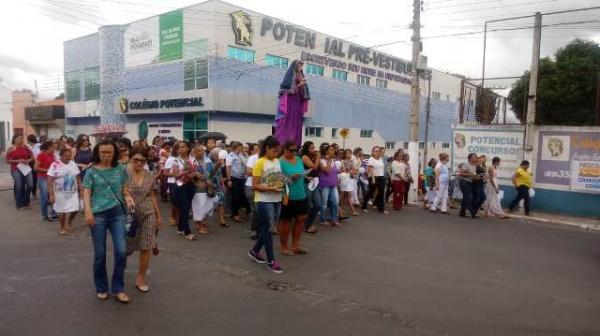 Ação litúrgica e Procissão da Soledade marcam a Sexta-feira Santa em Floriano.(Imagem:FlorianoNews)