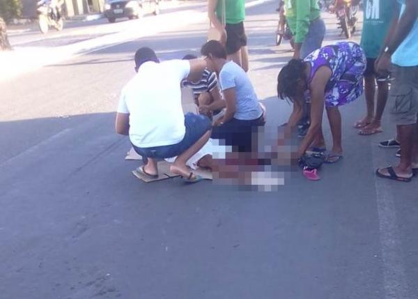 Idosa entra morre após ser atropelada por motocicleta em Floriano.(Imagem:Reprodução/Whats App)