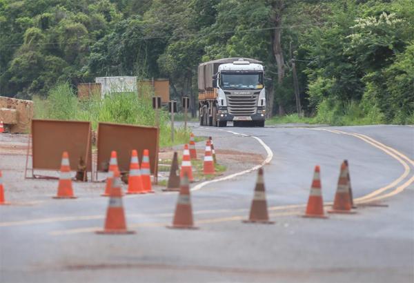 Caminhoneiros estão sem estrutura para trabalhar, alerta sindicato.(Imagem:Roberta Aline/Cidadeverde.com)