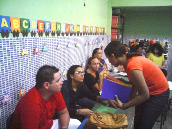 Amado Escola Pequeno Príncipe realiza 1ª reunião de Pais e Mestres da  BB97