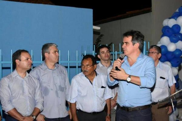 Ciro Nogueira entrega melhorias para a Saúde de Floriano.(Imagem:Silvio Rui)