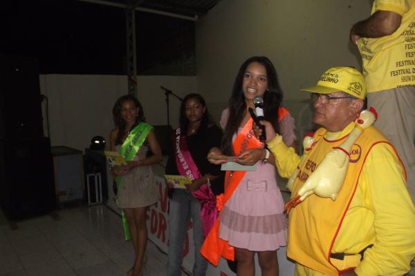 Sarah Nunes - Gatinha Comndo Geral 2013(Imagem:FlorianoNews)