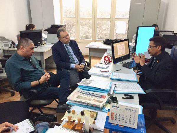 Secretário de Saúde e diretor do HTN participam de audiência com o Ministério Público.(Imagem:Ascom)