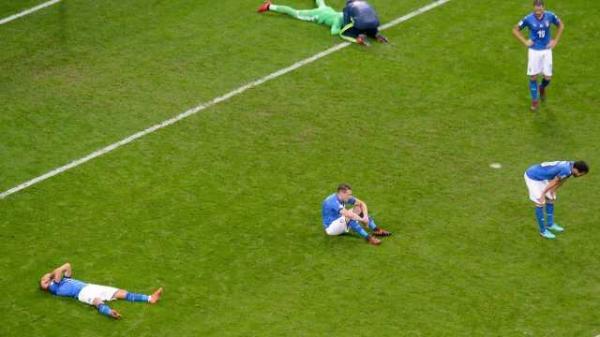 A Azzurra perdeu a vaga do Mundial da Rússia para a Suécia, na repescagem europeia.(Imagem:Getty Images)