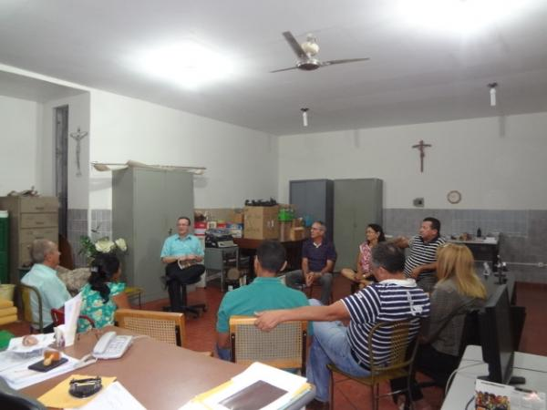 Realizada reunião para definir detalhes da festa anos 60 edição 2011 em Floriano.(Imagem:FlorianoNews)