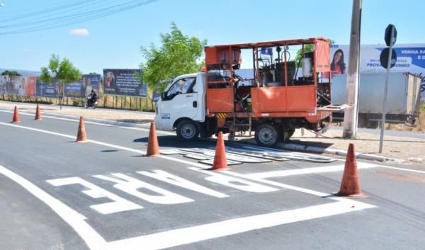 DNIT revitaliza sinalização horizontal em BRs de Floriano.(Imagem:Secom)
