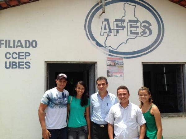 Prefeito visita AFES e se dispõe a colaborar com estudantes.(Imagem:SECOM)
