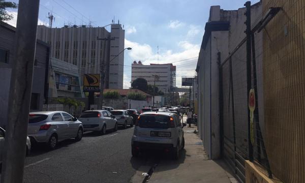 Estudante baleado no Centro pode ter sido vítima de crime por encomenda.(Imagem:Izabela Pimentel/Cidadeverde.com)