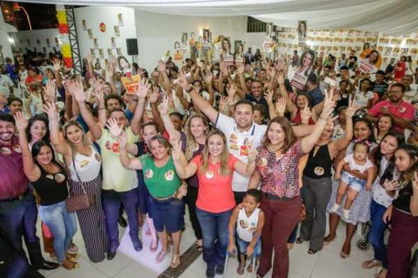 Rejane Dias e Janaínna Marques lançam candidatura em Floriano.(Imagem:Ascom)