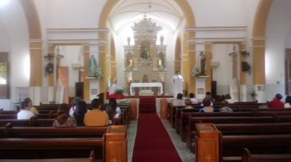 Missa na Catedral São Pedro de Alcântara abre festividades de Corpus Christi em Floriano.(Imagem:FlorianoNews)