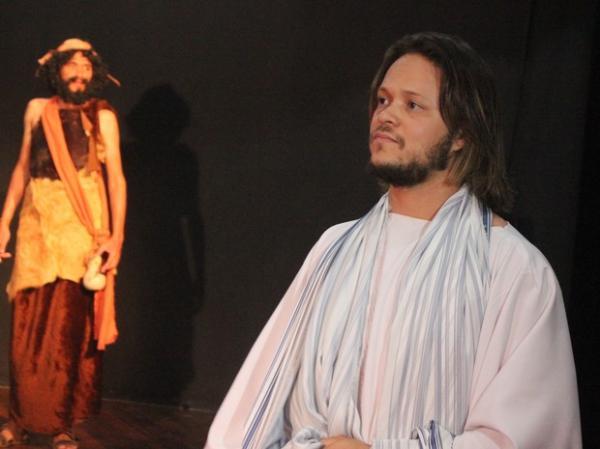 Ator Rithelly Moura fala sobre preparação para interpretar Jesus Cristo.(Imagem:Catarina Costa/G1 PI)