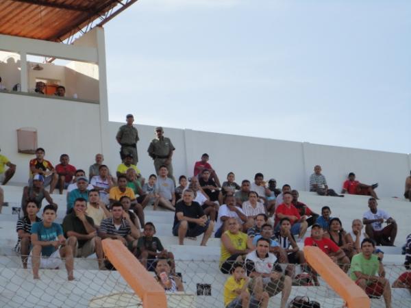 Torcida compareceu(Imagem:Floriano News)