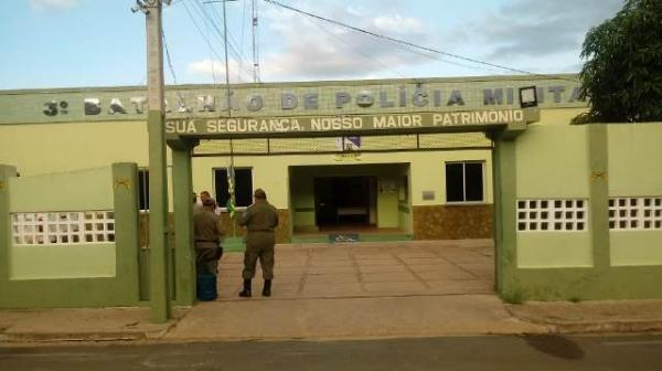 Plantão policial registra roubo de motocicleta e caso de som abusivo.(Imagem:FlorianoNews)