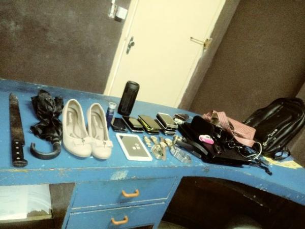 Objetos encontrados no veículo(Imagem:FlorianoNews)
