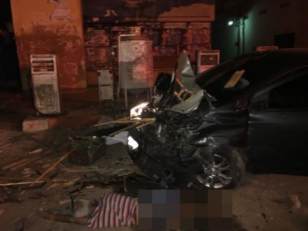 Colisão entre dois veículos deixa um feirante morto no Centro de Floriano(Imagem:FlorianoNews)