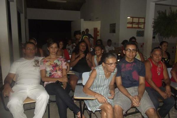Escola municipal homenageia o Repórter Amarelinho pelo Dia do Folclore (Imagem:FlorianoNews)