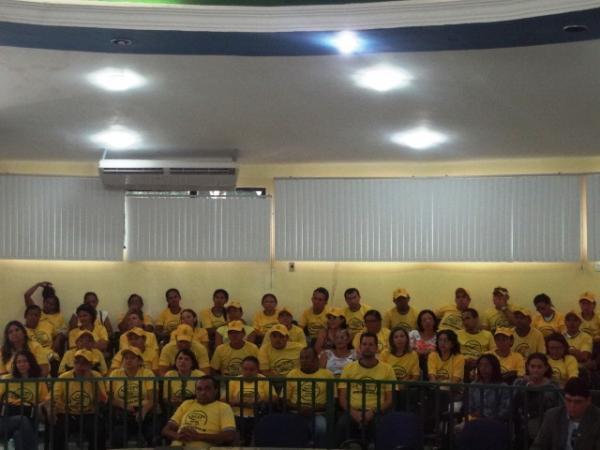 Professores de Floriano fazem manifestação por repasse do FUNDEB.(Imagem:FlorianoNews)