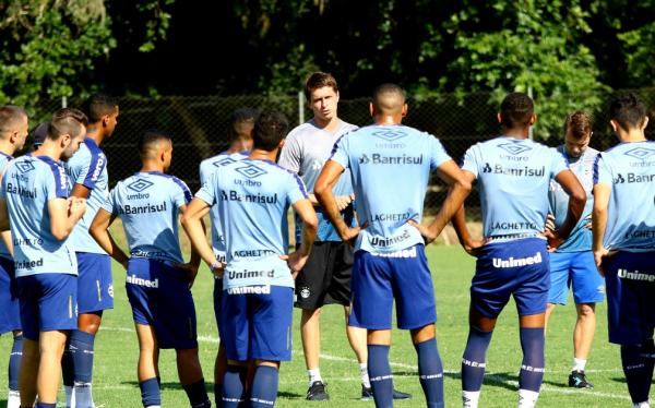 Time de transição treina sob comando de Thiago Gomes para Recopa Gaúcha(Imagem:Rodrigo Fatturi/Grêmio)