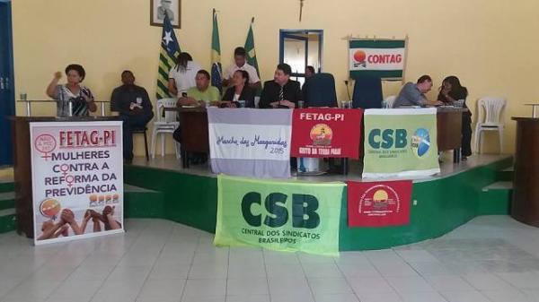 Em Floriano, Senadora Regina Sousa realiza debate sobre Reforma da Previdência.(Imagem:ASCOM)