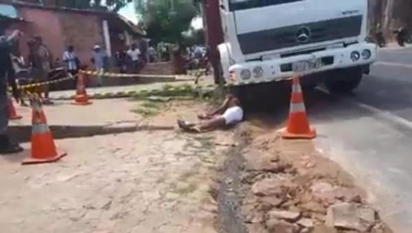 Dois homens são assassinados a tiros em Floriano.(Imagem:Reprodução)