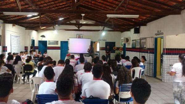 Polícia Civil realiza palestra sobre disciplina em escola de Barão de Grajaú.(Imagem:Divulgação/Polícia Civil)