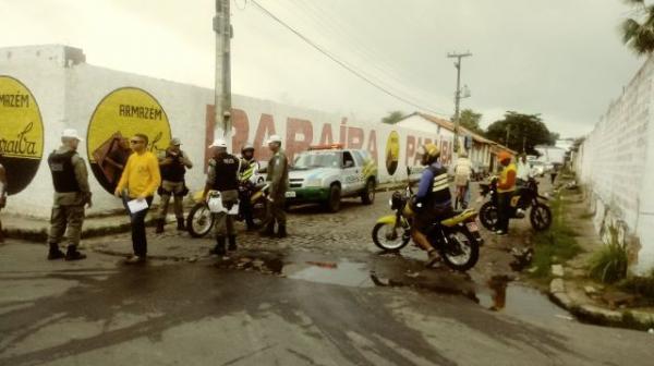 Motociclista fica ferido em acidente no centro de Floriano.(Imagem:FlorianoNews)