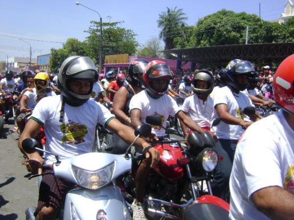 Motoqueiros na Independência(Imagem:Cida Santana)