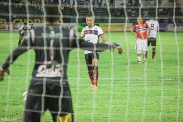 Derrota no clássico reduz chances do Flamengo e Eduardo lamenta.(Imagem:Wilson Filho/Fla-PI)