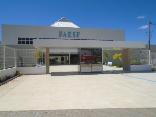 Faculdade de Floriano (FAESF)(Imagem:FlorianoNews)