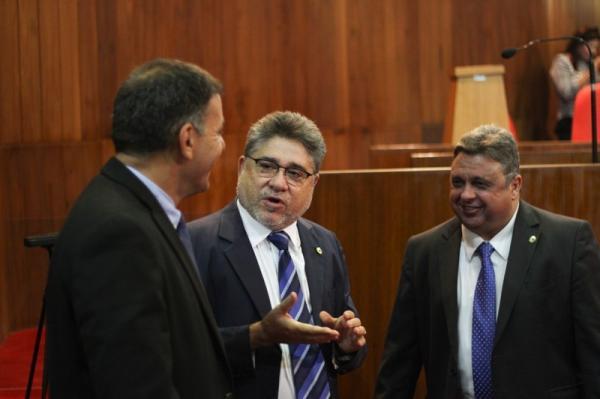 João Mádison apresenta projeto para garantir direito a opção de parto na rede pública.(Imagem:Alepi)