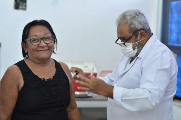 Floriano encerra campanha de vacinação contra gripe e aplica 22 mil doses(Imagem:Reprodução)
